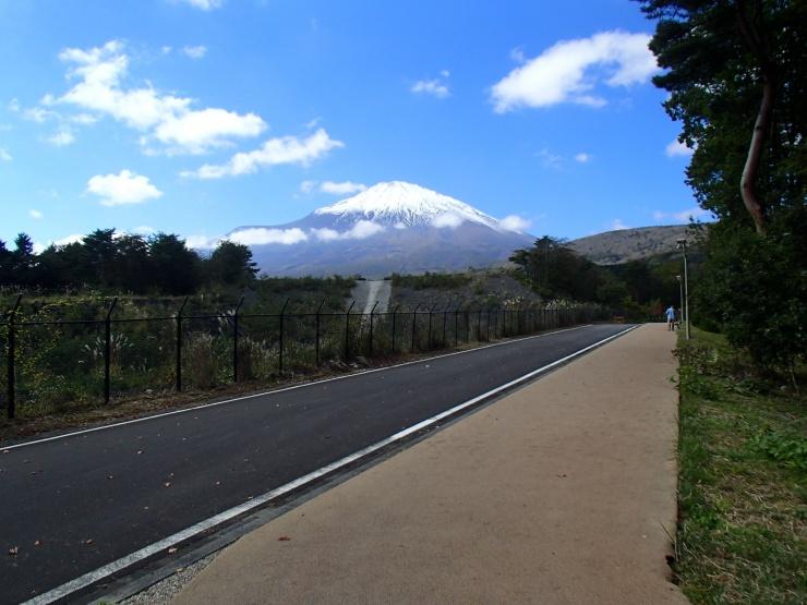 ★小山町-須走1.1km★須走多目的広場