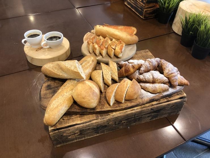 ホテルWBFのパン、美味しいよ〜⭐︎