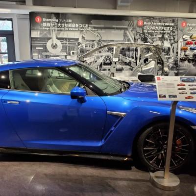 平日昼間 日産自動車工場見学ラン 約21キロ キロ約7分 2700円