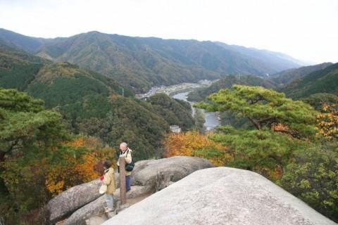 JLSA健康ウォーキング「柳生の里と笠置寺巨石めぐり」コース