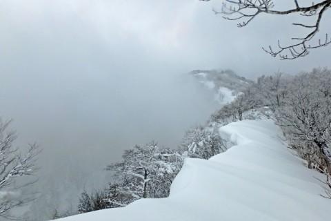 ≪ワンデルング≫[兵庫]白銀の頂をめざす!兵庫県最高峰「氷ノ山」【上(中)級】