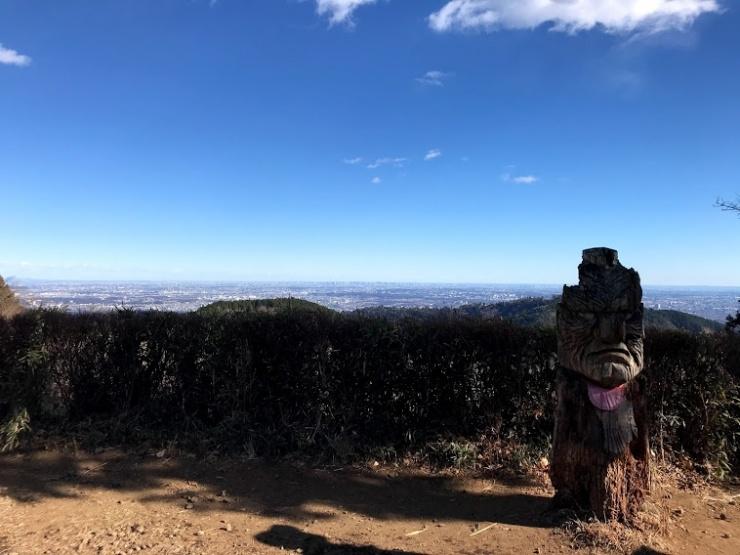 小仏城山から都心を一望
