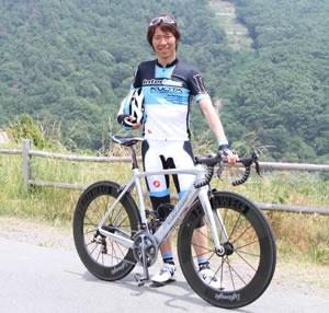 土曜日13:30の部、スペシャルゲストはなんと自転車界のレジェンド、今中大介さんが一緒に走ります!!